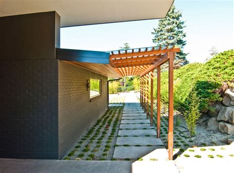 1000 ideas about deck awnings on retractable
