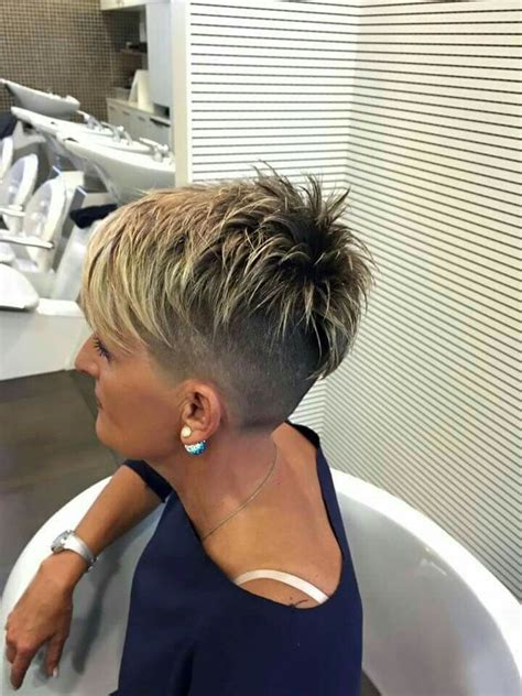 choppy razor cut hair pics beta i razor cut cuts pinterest hair style short