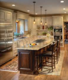 Cream Kitchen Cabinets 25 Best Ideas About Ivory Kitchen Cabinets On Pinterest