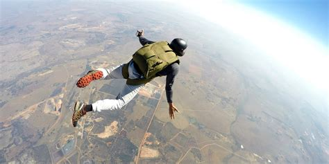 parachute dive skydiving my tandem jump experience huffpost