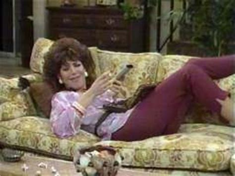 al bundy couch the posh brown experience tune in peg bundy