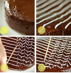 elegant and simple fan and feather cake decoration food