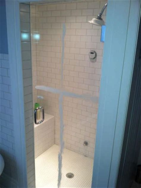 Clean Soap Scum From Shower Door Removing Soap Scum From Shower Doors 4 Methods And A Winner Soaps The Soap And Shower Doors