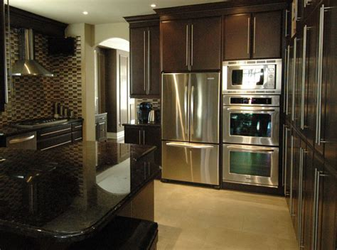 custom kitchen cabinets mississauga custom kitchen cabinets kitchen remodels mississauga