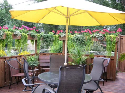 Our Favorite Outdoor Spaces From Hgtv Fans Outdoor Patio Railing Planters