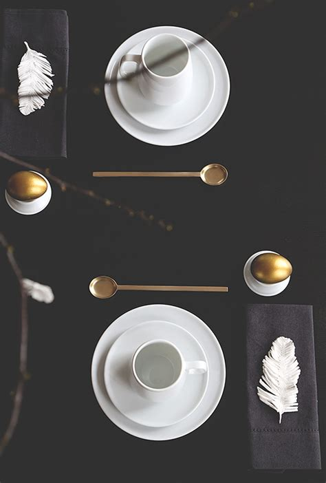 black and white table setting 5 fabulous easter table setting ideas l easter inspiration