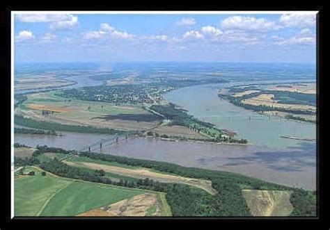 boatus ohio cairo il at the confluence of the ohio and mississippi