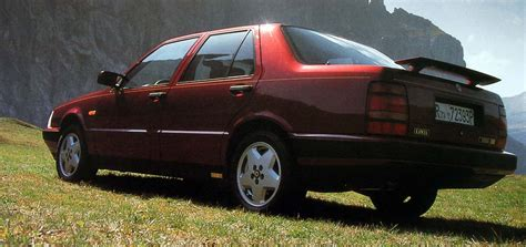 Lancia V8 Lancia Thema 8 32 The Bonnet Sits A V8