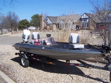 used bass boat motors basscat boats lookup beforebuying