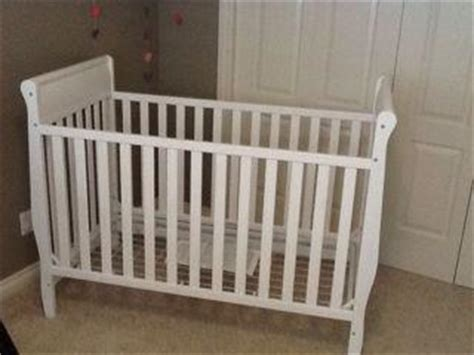 white graco sleigh style crib west shore langford colwood