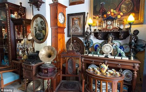 2 in 5 antiques sold in britain are fake tv expert curtis dowling warns daily mail online
