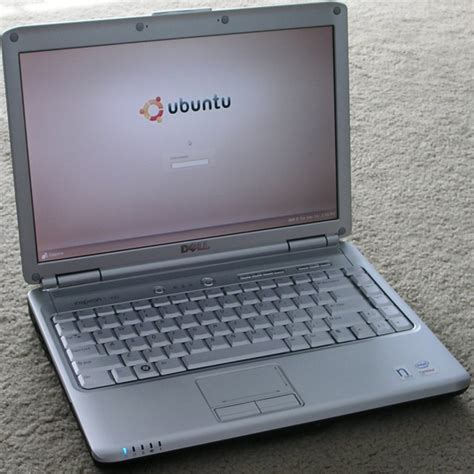 Laptop Dell Ubuntu penguin on an inspiron a review of the dell inspiron 1420n with ubuntu ars technica