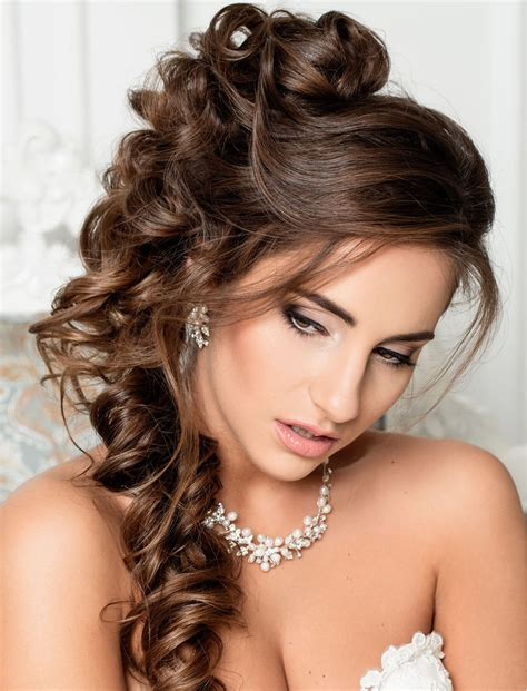 Wedding Hairstyles For by Stylish Wedding Hairstyles For Hair 2018 2019