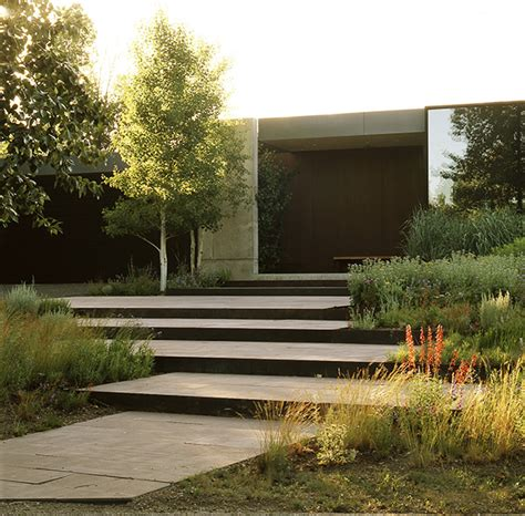 award winning red cedar home resonates with treed how to make your landscape blend in with the surrounding