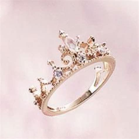 princess crown ring on the hunt