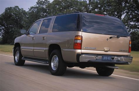 chevrolet suburban 2001 2001 chevrolet suburban pictures history value research