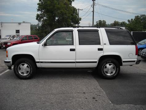 how to learn all about cars 1997 gmc suburban 1500 electronic valve timing 1997 gmc yukon information and photos momentcar