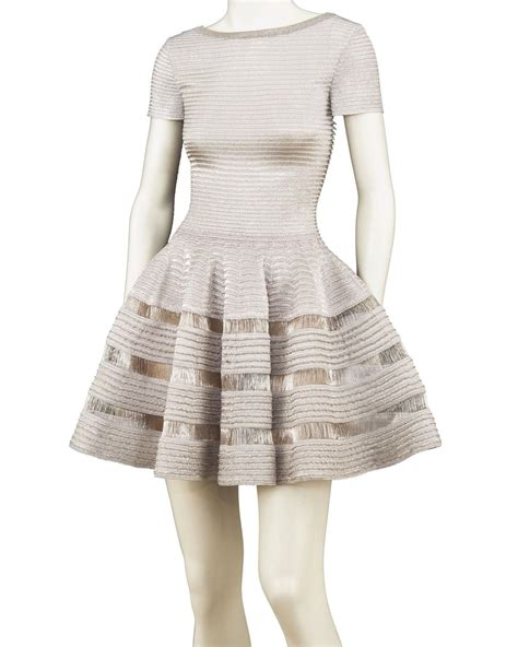 la garde robe la garde robe de mouna ayoub mise aux ench 232 res madame figaro