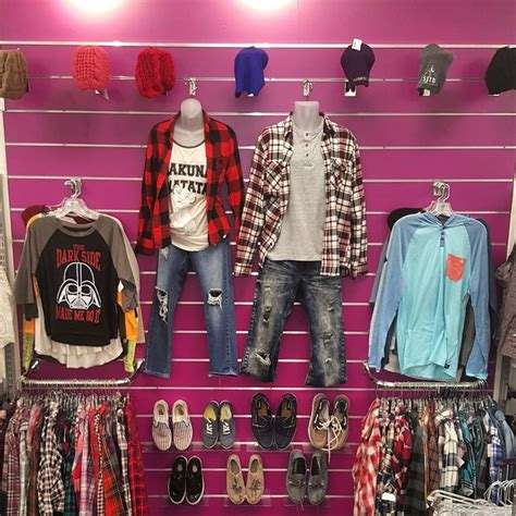 plato s closet 65 reviews used vintage consignment