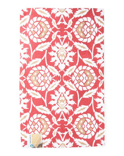 flower rug 25 things you need from tj maxx this summer