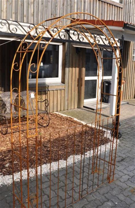 Rosenbogen Holz Mit Tor 32 by Rosenbogen Holz Mit Tor Holz Rosenbogen Mit T R Tor