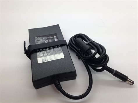 Adaptor Laptop Dell 19 5v 7 7a adapter dell 19 5v 6 7a