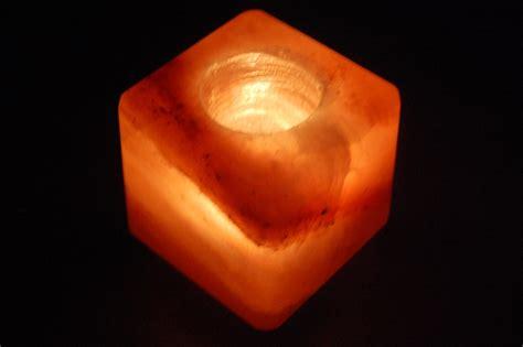 salzkristall le im schlafzimmer salz kristall teelicht quot cube quot ca 600 gr w 252 rfelteelicht