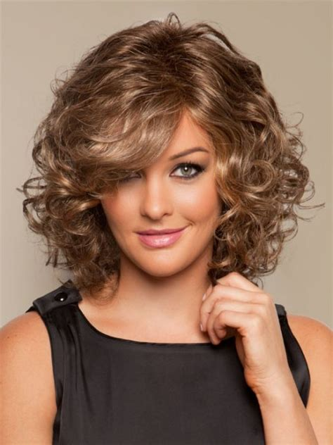 perms for round faces and fine hair over 50 16 must try shoulder length hairstyles for round faces