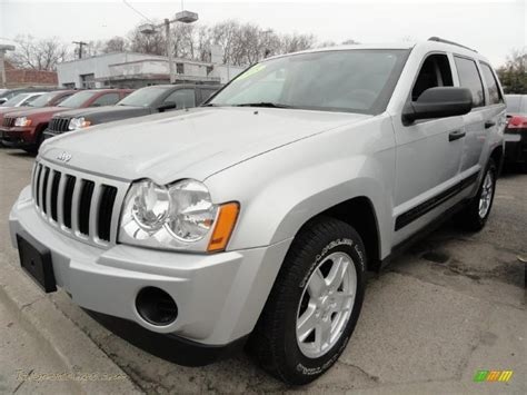 2005 grey jeep grand cherokee 2005 jeep grand cherokee laredo 4x4 in bright silver