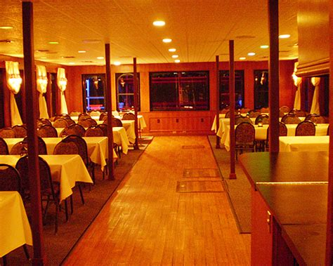 dinner on a boat in houston tx kemah corporate dinner cruises houston clear lake party