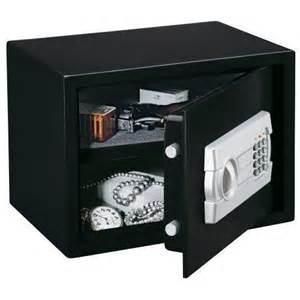 Gun Cabinet Black Friday by Save On All Gun Safes And Cabinets S Sporting Goods