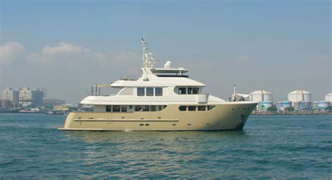 jade yacht layout 91 foot jade expedition yacht smilin g t yacht charter