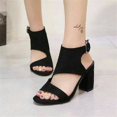 High Hells S022 Hitam 7 jual high heels yd34 hitam limited di lapak baledog shoes
