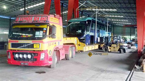 Multimeter Di Malaysia intip dua unit bas 15 meter yang pertama di malaysia