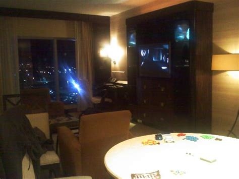 motor city room suite living room picture of motorcity casino hotel detroit tripadvisor