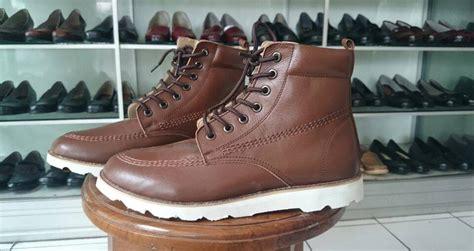 Pantofel Pria Sepatu Formal Sepatu Kerja Cibaduyut 025 trendsepatupria grosir sepatu kulit bandung images
