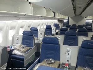 delta economy comfort review international delta air lines 767 300 business class economy comfort