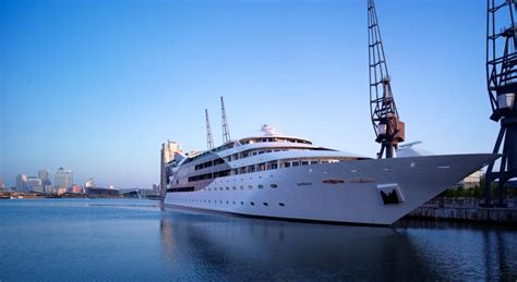river thames yacht hotel sunborn yacht hotel london 5 star river thames day
