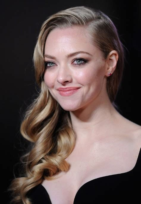 Amanda Seyfried Hairstyles by Wavy Curly Hairstyle Amanda Seyfried