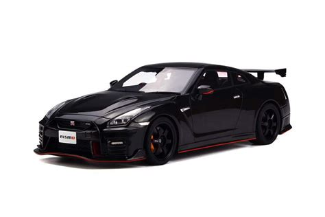 nissan gtr nismo black edition gt spirit 1 18 nissan gtr nismo 2017 black asian