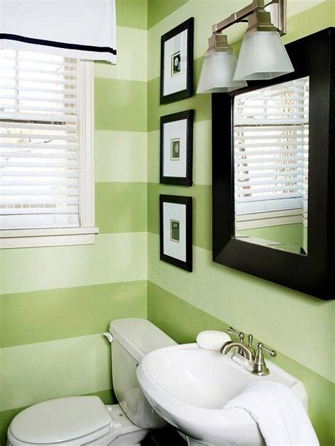 Green And White Bathroom Ideas by Best 25 Light Green Bathrooms Ideas On Pinterest Small