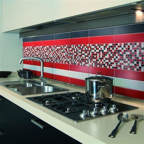 Charmant Faience Rouge Salle De Bain #5: Carrelage-mural-cuisine-rouge-1.png
