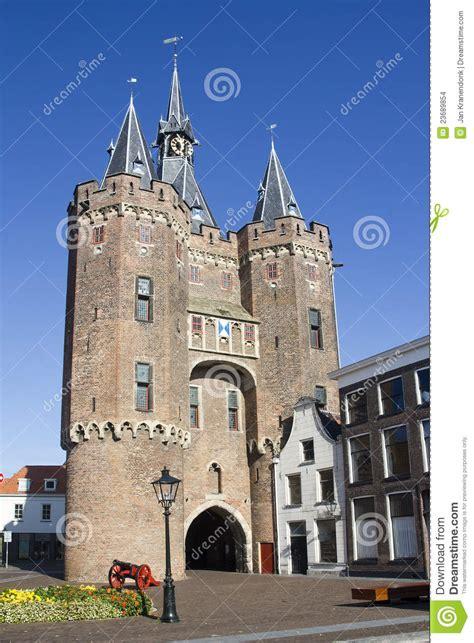 l van zwolle de poort van de stad van zwolle holland stock foto