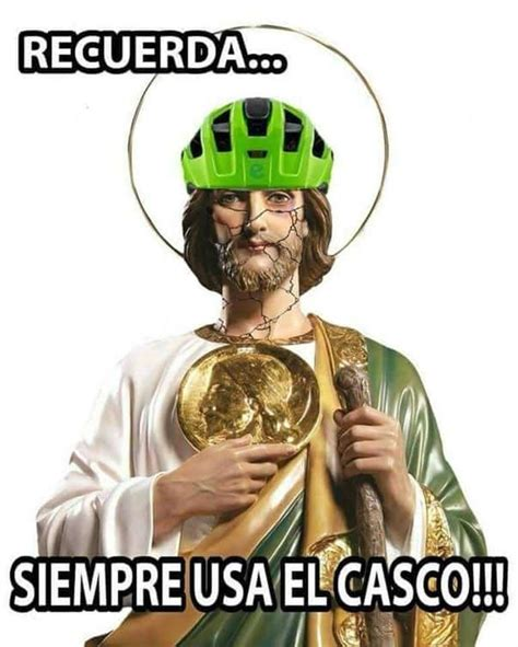 imagenes memes de judas los memes de la ca 237 da del ciclista que cargaba a un san