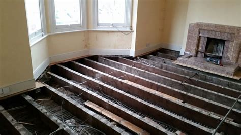 how to sound proof a bedroom apartment soundproofing leeds city insulation