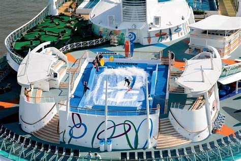 Royal Caribbean   Freedom of the Seas   The Flowrider
