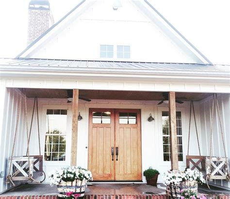 farm house porches 25 best ideas about farmhouse front doors on
