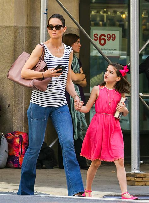 tom cruise and suri 2016 as 237 celebr 243 suri cruise su cumplea 241 os n 250 mero 10