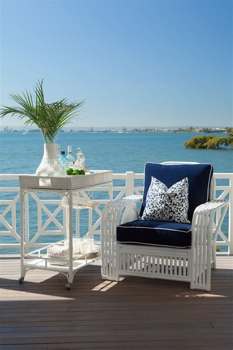 feature friday hamptons    glamour coastal living