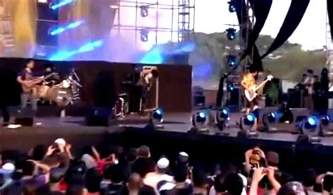 damainya cinta gigi mp3 download gigi damainya cinta live at java rockingland 2013